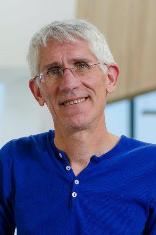 Dr. Corey Nislow
